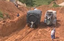 Đường lên khu vực biên giới Quảng Nam lại bị chia cắt