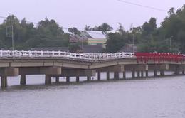 Quảng Nam: Cầu Hà Tân sụt lún đến nửa mét, người dân bất an
