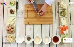 Cách làm món chay cơm gói lá sen ăn với canh dưỡng sinh