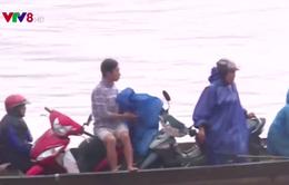 Quảng Trị: Mối hiểm nguy lưu thông đường thủy trong mùa mưa lũ
