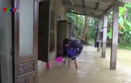Thừa Thiên - Huế: Nhiều địa phương ngập lụt kéo dài
