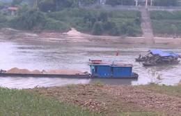 Lỏng lẻo quản lý khai thác cát sỏi tại khu vực giáp ranh các tỉnh