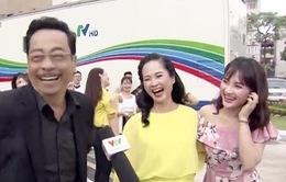"""VTV Awards 2017: """"Người phán xử, mẹ chồng nàng dâu"""" cười thả ga quay MV đặc biệt"""