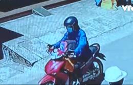 Lâm Đồng: Camera an ninh ghi được cảnh cướp giật trắng trợn