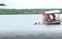 Tìm thấy 3 thi thể trong vụ lật thuyền trên hồ thủy điện ở Đăk Nông