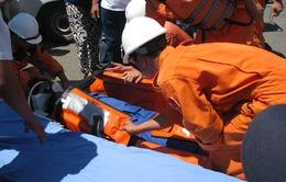 Khánh Hòa cứu 5 ngư dân gặp nạn trên biển