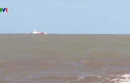 Vụ tàu than bị lật tại đảo Ngư: 6 thuyền viên được cứu sống