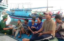 6 ngư dân trên tàu cá Phú Yên bị chìm đã vào bờ an toàn