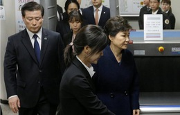 Hàn Quốc bắt giữ cựu Tổng thống Park Geun-hye