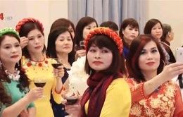 """Phụ nữ Việt Nam tại CH Czech tham dự """"Dạ hội Tâm Xuân"""""""
