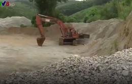 Kon Tum: Lợi dụng giấy phép thăm dò để khai thác đá trái phép