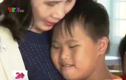 """Người """"mẹ"""" của những em nhỏ là nạn nhân chất độc da cam"""