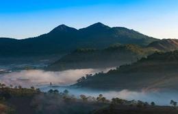 Vẻ đẹp sương sớm núi Lang Biang