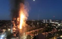 Vụ cháy tòa nhà Grenfell: Thương vong lớn từ khuyến cáo khó hiểu?
