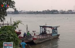 Khám nghiệm hiện trường vụ 2 phương tiện thủy tông nhau trên sông Hậu