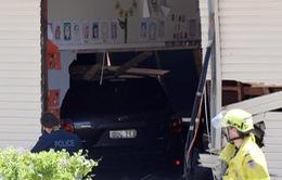 Ô tô đâm vào lớp học ở Australia, 2 học sinh thiệt mạng