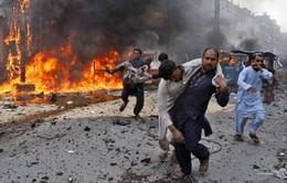 Đánh bom liều chết vào tòa án Pakistan, hơn 20 người thương vong