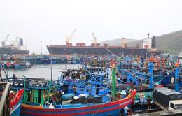 Khuyến khích ngư dân neo đậu tại các làng chài ở Trường Sa