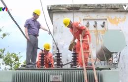 Điện lực Nghệ An nỗ lực cấp điện sớm nhất cho người dân