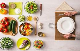Những cách lạ kỳ mà hiệu quả giúp bạn bớt cảm giác thèm ăn