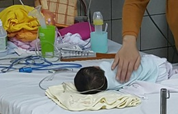 Điều trị viêm phổi kịp thời cho trẻ sơ sinh là ở tuyến cơ sở
