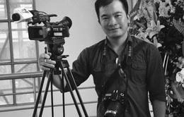 Truy tặng Bằng khen cho phóng viên Đinh Hữu Dư