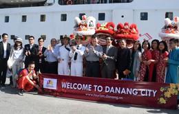 900 du khách đến Đà Nẵng mùng 1 Tết bằng đường biển