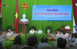 Lãnh đạo TP Cần Thơ đối thoại với gần 100 doanh nghiệp