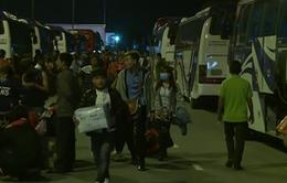 2.000 công nhân về quê đón Tết miễn phí trên xe yêu thương