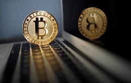 Giá trị đồng Bitcoin sụt giảm sau khi bị phân tách