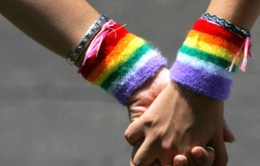 Người đồng tính Mỹ lo ngại quan điểm phản đối hôn nhân đồng tính của ông Mike Pence