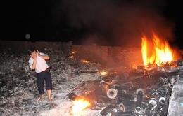 Hà Nội: Hàng nghìn hộ dân khổ sở vì bãi đốt rác thải công nghiệp