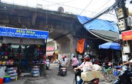 Hiện trạng vòm cầu dọc phố Phùng Hưng trước khi được cải tạo