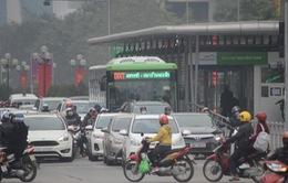 Xe bus Hà Nội chưa hút khách do ùn tắc giao thông, giá vé chưa linh hoạt