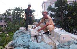 Tiền Giang: Bắt giữ xe tải chở hàng trăm máy lạnh nhập lậu