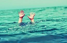 Đồng Tháp: Nguy cơ đuối nước vì tắm ở cồn cát