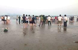 Nghệ An: Hai học sinh đuối nước, mất tích khi đi chụp ảnh kỷ yếu
