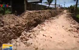 Thi công chậm biến đường thành mương tại An Giang: Do hết cát