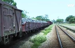 Cước vận tải đường sắt cao hơn đường bộ: Do đâu?
