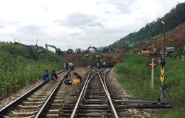 Khôi phục tuyến đường sắt Thống Nhất sau ảnh hưởng áp thấp nhiệt đới