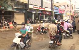 Dự án thoát nước chậm tiến độ, hàng chục tuyến phố ở Trà Vinh ngổn ngang, ô nhiễm