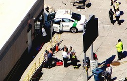 Taxi đâm vào người đi bộ ở Mỹ, 10 người bị thương