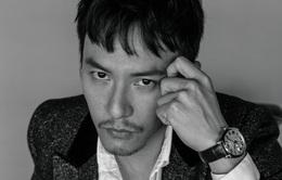 Trương Chấn khoe vẻ đẹp lạnh lùng trên Elle tháng 8