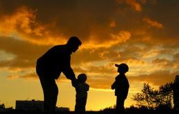 Những người cha hy sinh công việc để được chăm con