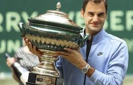 Federer ngạc nhiên vì vô địch quá dễ tại Gerry Weber mở rộng 2017