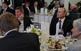 Tổng thống Nga khẳng định không quen biết cựu Cố vấn An ninh Quốc gia Mỹ