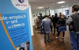 Pháp có thể cắt trợ cấp người thất nghiệp lười biếng