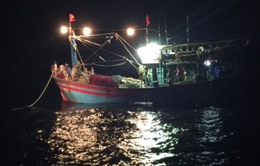 Cứu thành công 17 ngư dân gặp nạn trên vùng biển Nghệ An