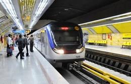 Tấn công tại ga tàu điện ngầm ở thủ đô Iran