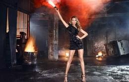 Giám khảo Top Model Anh nóng bỏng trong hình ảnh đầu tiên của mùa mới